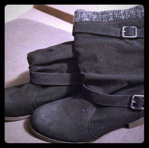 Shoedazzle size 8.5 Black Dreya Boots